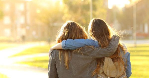 Oamenii sinceri sunt o raritate: dacă sunt prezenți în viața ta, prețuiește-i