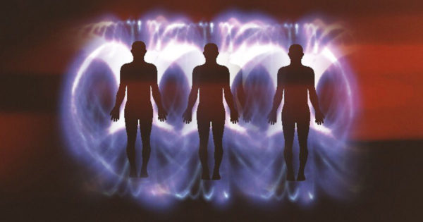 Furtul de energie pozitivă: cum să îți dai seama dacă că cineva îți fură norocul