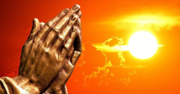 Îl rog pe Dumnezeu să-mi dea putere în zilele în care nu pot merge mai departe. Amin!