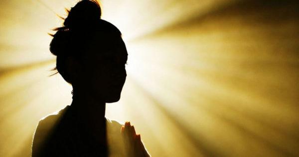 7 legi spirituale care fac soarta unei persoane mai fericită