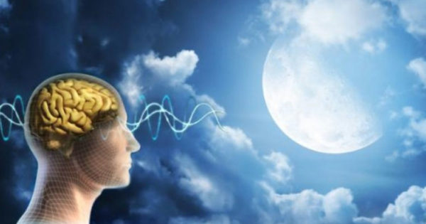 Cum influențează luna viața omului și care este rolul ei