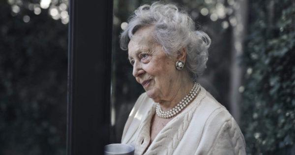 8 sfaturi ale unei bunici înțelepte pentru a vă întări familia și viața de cuplu