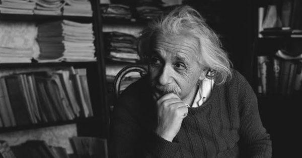 Cum diferă o persoană proastă de una inteligentă sau înțeleaptă?